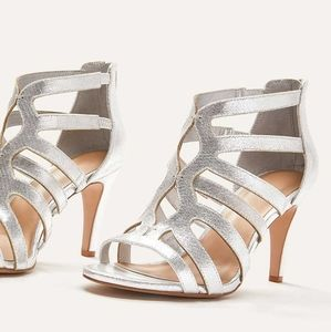 NWT Wide Width Caged Heels Size 10